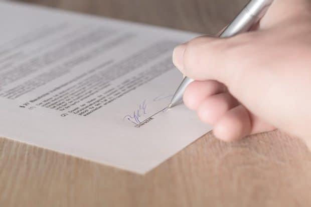 Tjek vilkårene i leverandøraftalen grundigt før underskrift - og sammenhold derefter med fakturaerne